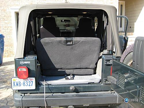 Subwoofer inside of a Jeep Wrangler rear seat-jeep_wrangler_subwoofer.jpg