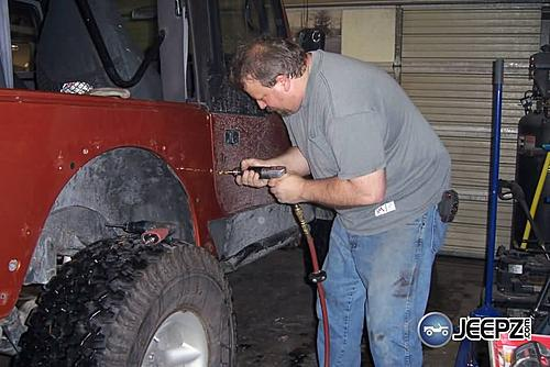 Installing Jeep Wrangler Corner Guards-image011_jeep_corner_guards.jpg