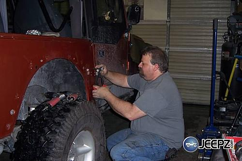 Installing Jeep Wrangler Corner Guards-image013_jeep_corner_guards.jpg