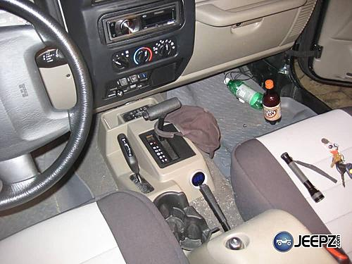 Installing a Transmission Temperature Gauge in your Jeep-jeep-transmission-temp-gauge-021_temp_gauge.jpg