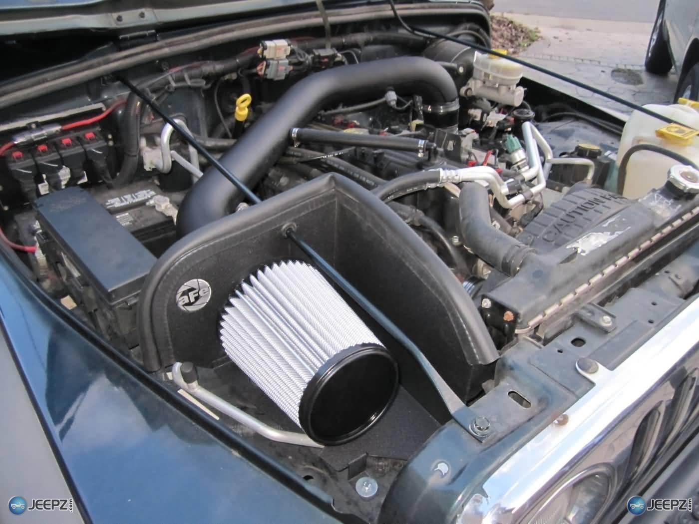 Troca do filtro de ar do Nissan March com motor 1.6 HR16DE com duto MEX/BR. 10092d1318252223-banks-air-ram-5733d1282438694-install-cold-air-intake-jeep-wrangler-tj-18-install-jeep-intake-filter