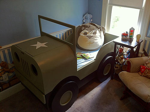 Jeep Themed ROom-jeep-bed.jpg