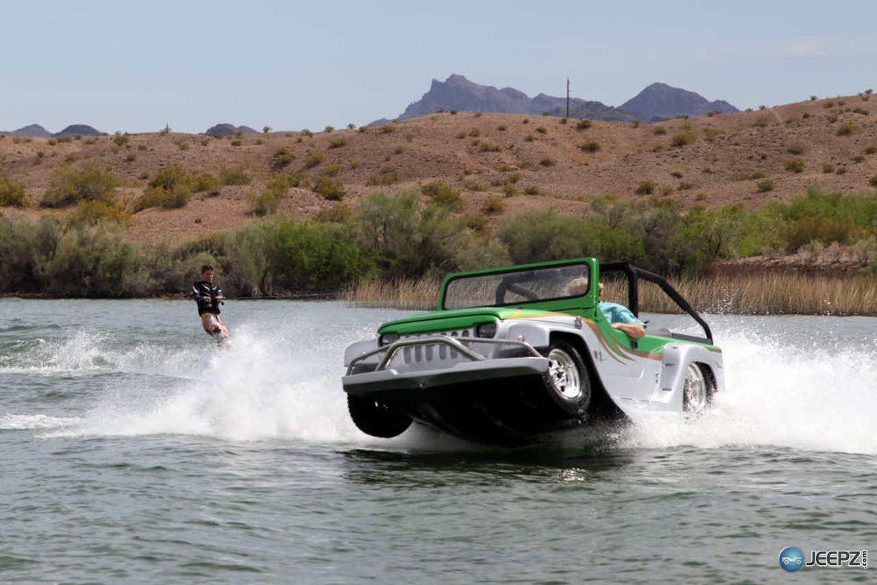 watercar panther   the worlds fastest amphibious car