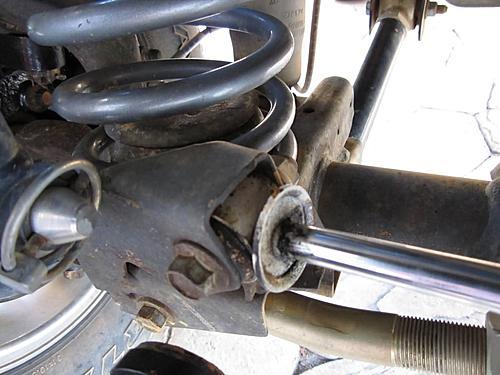 Installing a Wrangler steering stabilizer-steering-stabilizer-axle-side.jpg
