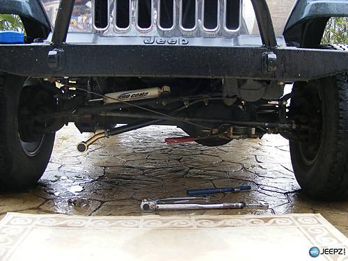 Jeep Track Bar Install-centering_jeep_trackbar_install.jpg