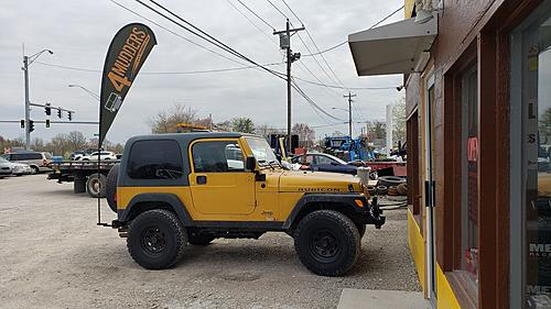 Attention Cincinnati Ohio and Tri-State area Jeepers-flag.jpg
