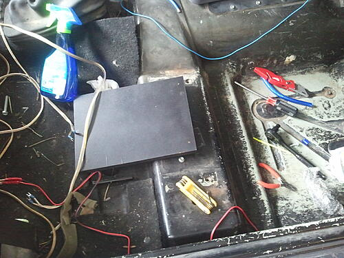 Subwoofer inside of a Jeep Wrangler rear seat-2012-04-14-13.32.18.jpg