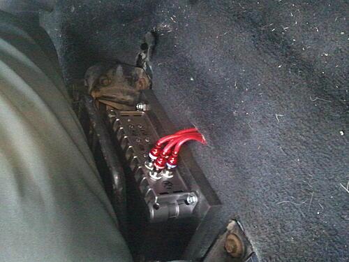 Subwoofer inside of a Jeep Wrangler rear seat-2012-04-15-19.38.40.jpg