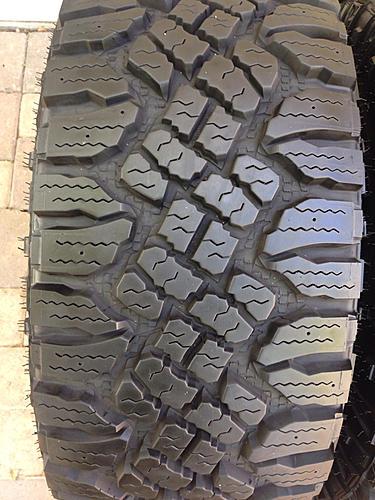 305/70/16 goodyear duratrac set of 5-image-446374020.jpg