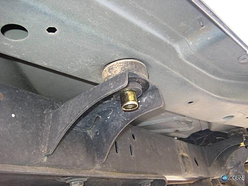 How to install Rock Sliders on a Jeep Wrangler-body-mount-removal_jeep_wrangler_rock_slider.jpg