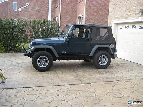 How to install Rock Sliders on a Jeep Wrangler-rockrails_jeep_wrangler_rock_slider.jpg