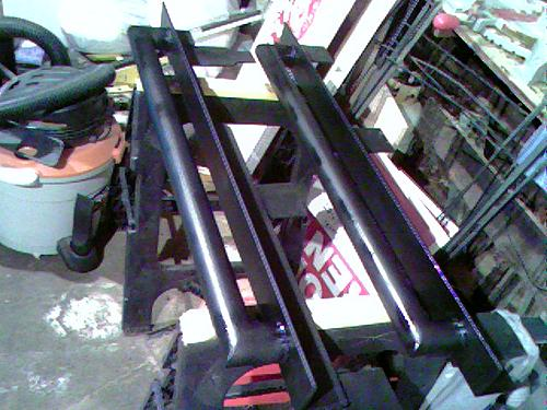 How to install Rock Sliders on a Jeep Wrangler-100509_2041.jpg