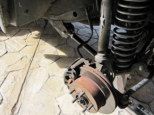 Installing extended Jeep brake hoses-stock-brakes-jeep_jeepz.jpg