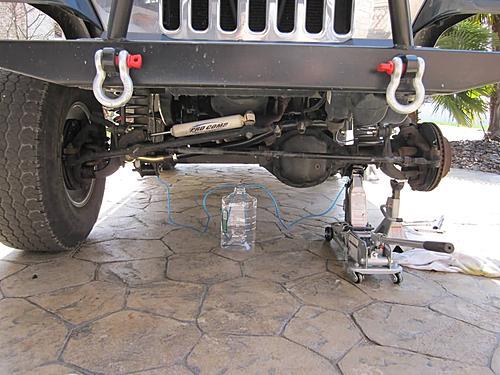 Installing extended Jeep brake hoses-bleeding-jeep-brakes_jeepz.jpg