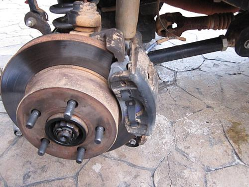 Jeep brake pad change-16_finished_wrangler_brake_job.jpg