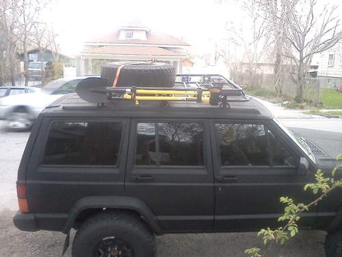 Cherokee pics. Lets see your rig-forumrunner_20110525_212316.png