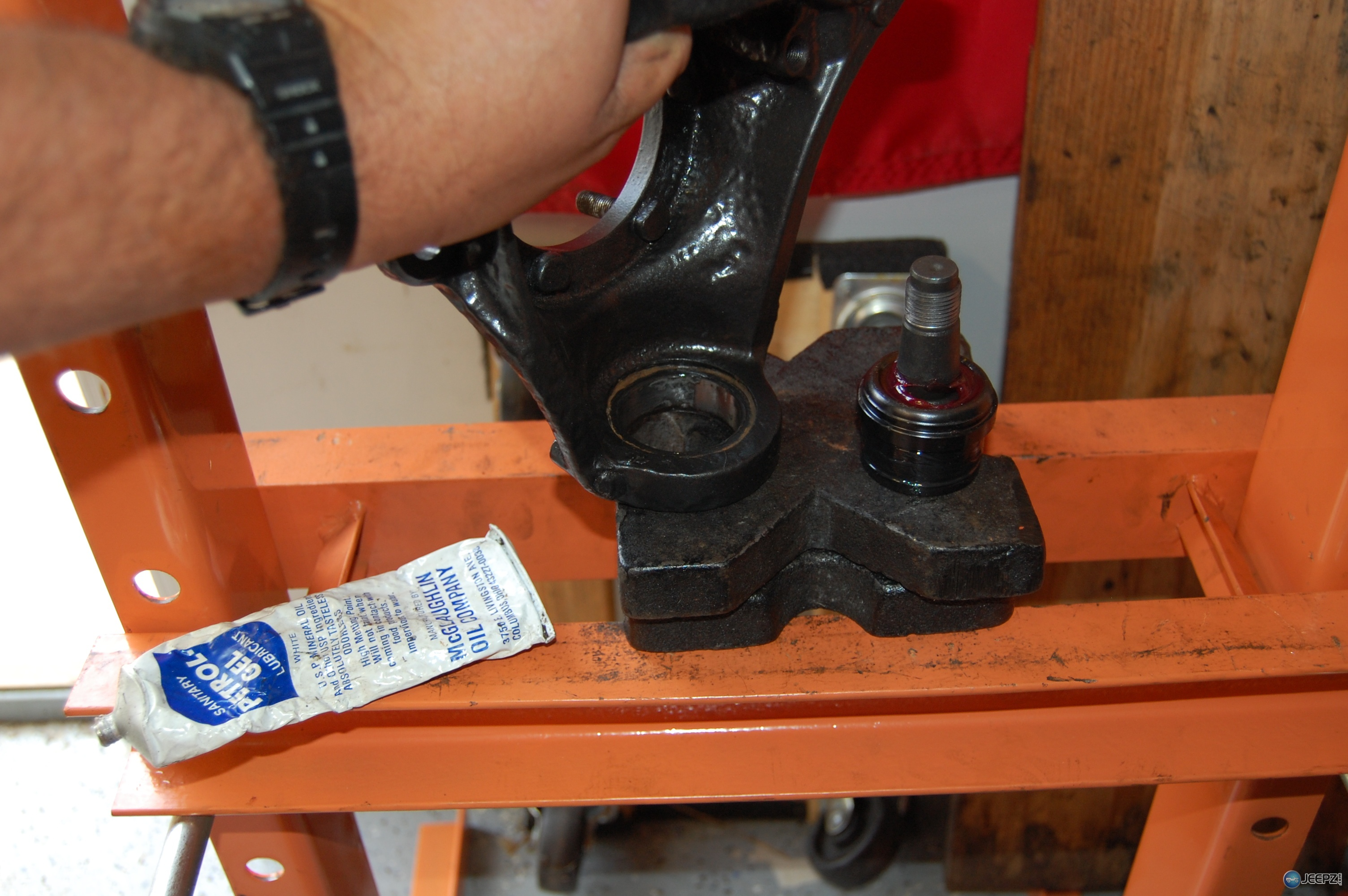 dana 30 ball joint press