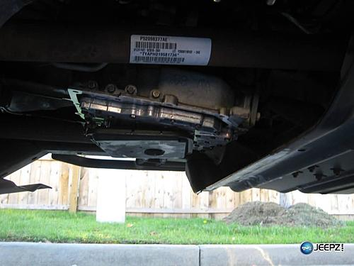 Jeep Wrangler automatic transmission fluid and filter change-img_1297-jeep-wrangler-automatic-transmission.jpg