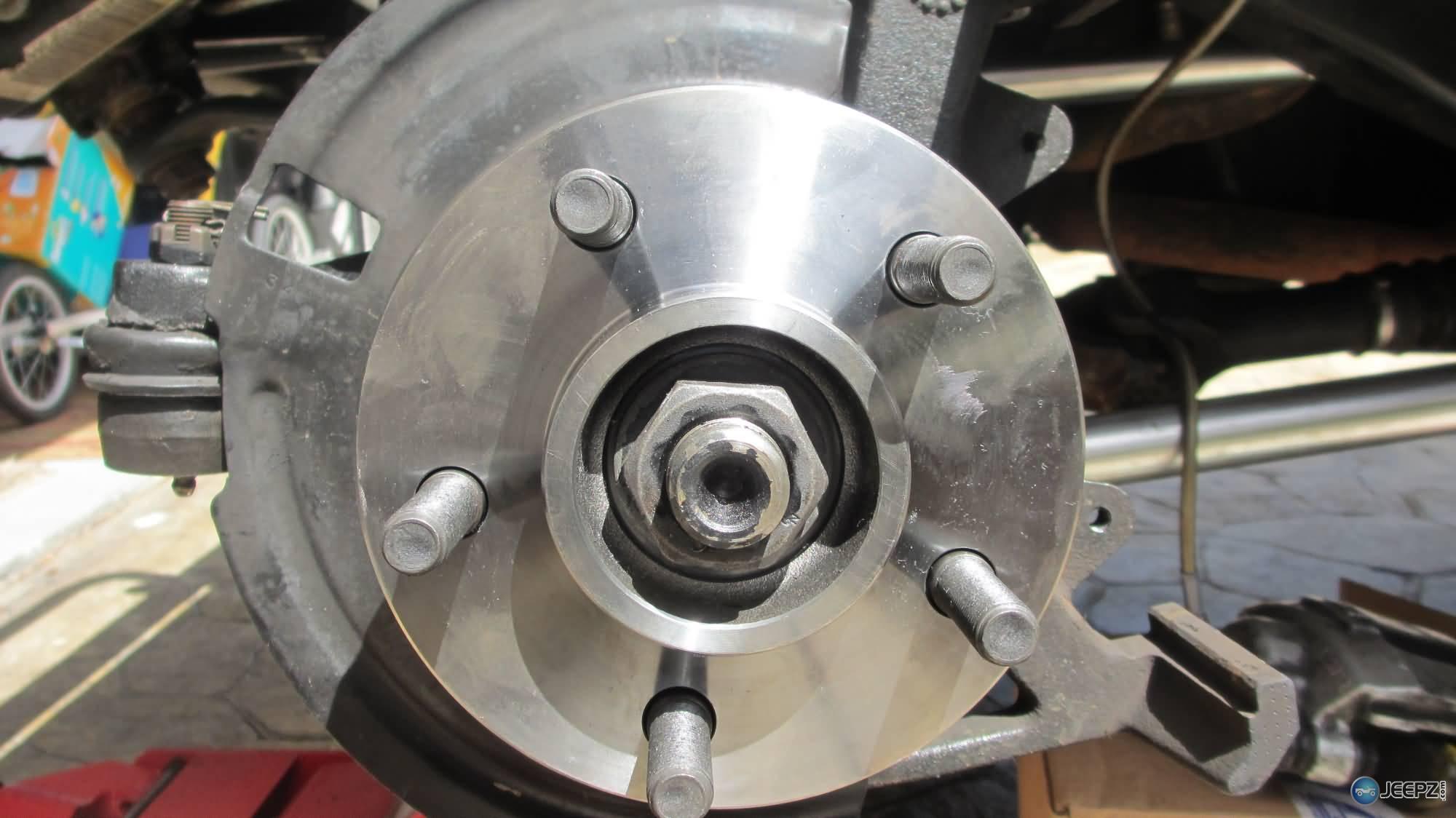 Wrangler TJ wheel hub / bearing assembly replacement