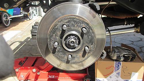 Wrangler TJ wheel hub / bearing assembly replacement-18-install-retainer-cotter-pin.jpg
