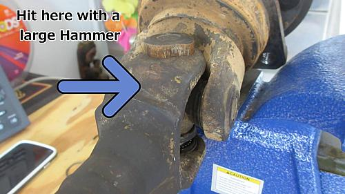 Wrangler Front axle u-joint replacement-wrangler_axle_u-joint_replace_05.jpg