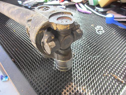 Jeep front driveshaft (CV / dual cardan) rebuild-12-wrangler-driveshaft.jpg