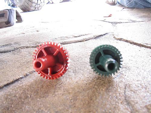 Jeep Speedometer Gear Change-9-wrangler-speedo-gear-old-vs-new.jpg