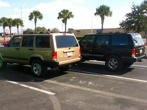 Jeeps parking next to other Jeeps-image-1516965754.jpg