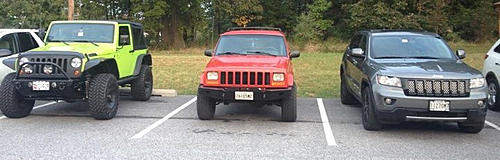Jeeps parking next to other Jeeps-image-2551581032.jpg