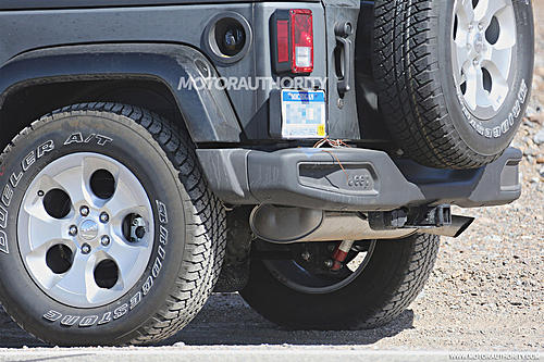 2018 Wrangler spy shots-2018-jeep-wrangler-test-mule-spy-shots-image-via-s-baldauf-sb-medien_100525773_h.jpg