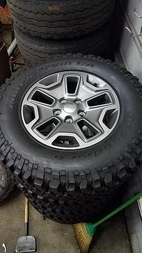 What wheels are these?-20180627_210221_resized_1.jpg