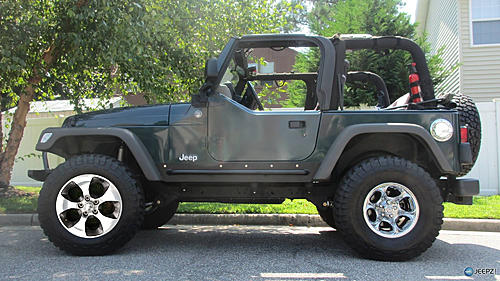 Should I buy these rims?-img_3033_2005_jeep_wrangler.jpg