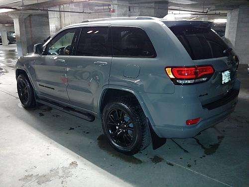 Running boards / mudflaps installed..-jeep-rear-flaps-boards.jpg