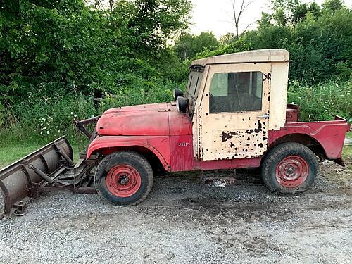 Help! Barn find '59 Willys w/ Koenig cab & plow-img_5609.jpg