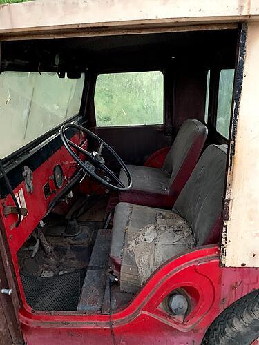 Help! Barn find '59 Willys w/ Koenig cab & plow-img_5614.jpg
