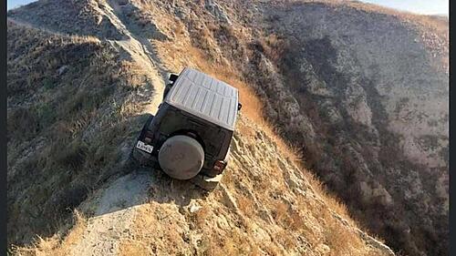 Jeeps need to stay off bike trails!-message-editor_1600803248151-stuckjeep2.jpg