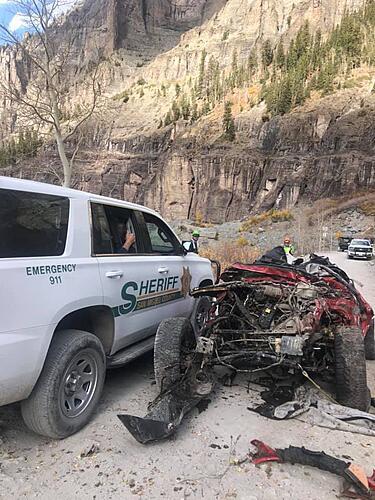 Jeep Rolls Down Black Bear Pass-120956715_3299523113417780_8292515548323215248_n.jpg