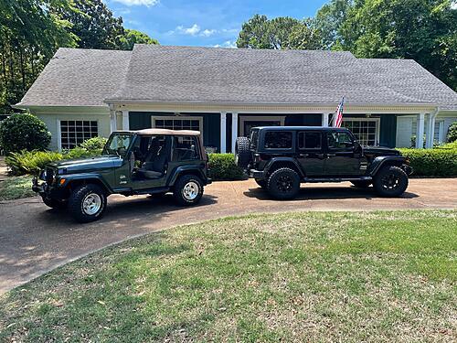 New jeep doors are light-img_0322.jpg