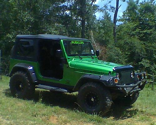 More lunch hour wheelin on ranch . . .-jeep2.jpg