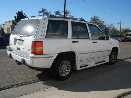 Please help! How much is my Jeep worth?-jeep-corner-passenger.jpg