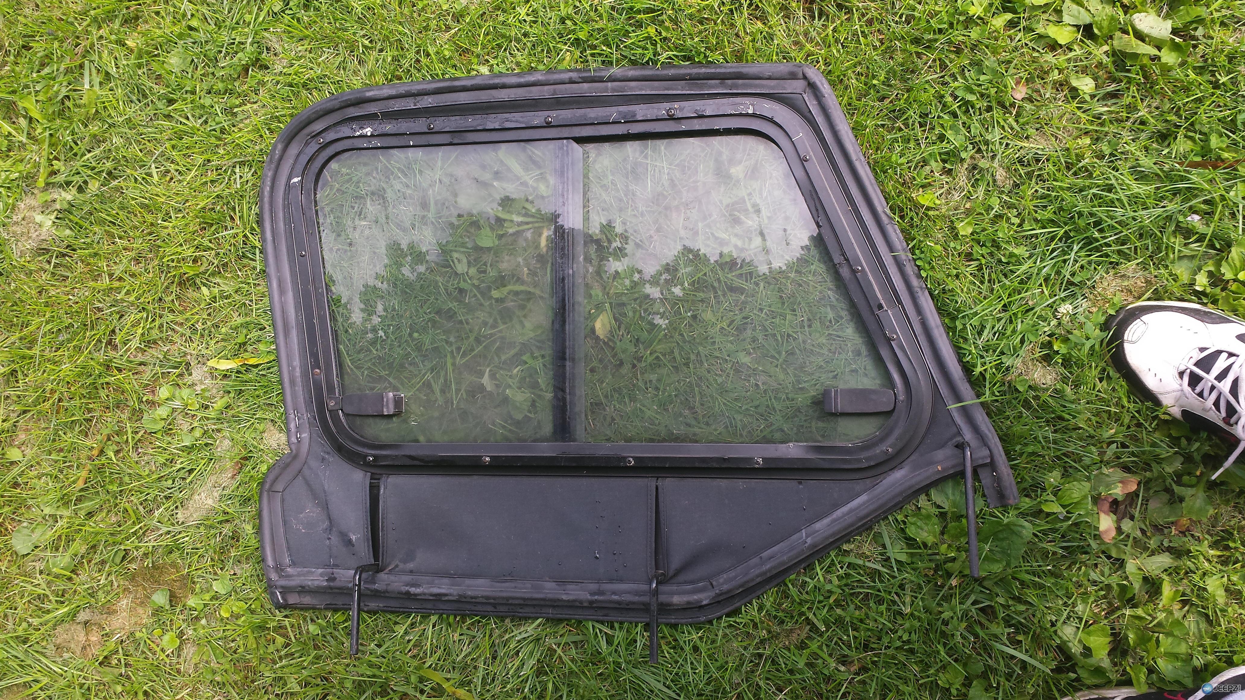 97 06 Tj Upper Door Skins With Sliding Glass Windows Pair
