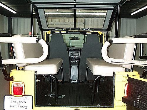 An 8 passenger Wrangler ?!?-dcp_8632.jpg