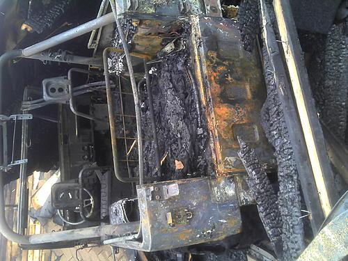 1976 CJ7 Parting Out-2011-07-03_18-49-26_712.jpg