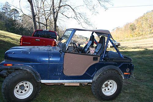 76 CJ5 Restoration-before-tear-down2.jpg