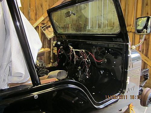 76 CJ5 Restoration-more-progress2.jpg