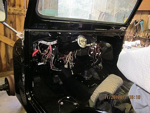 76 CJ5 Restoration-more-progress3.jpg