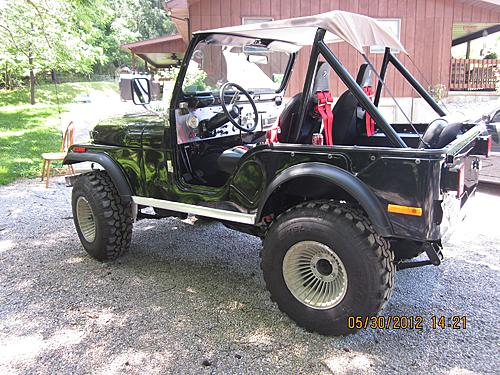 76 CJ5 Restoration-after-restore-2.jpg