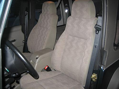 TerryMason's 2005 Jeep TJ Build-seatcovers-001small.jpg