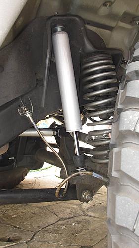 TerryMason's 2005 Jeep TJ Build-img_2196-jeep-shocks-rough-country.jpg
