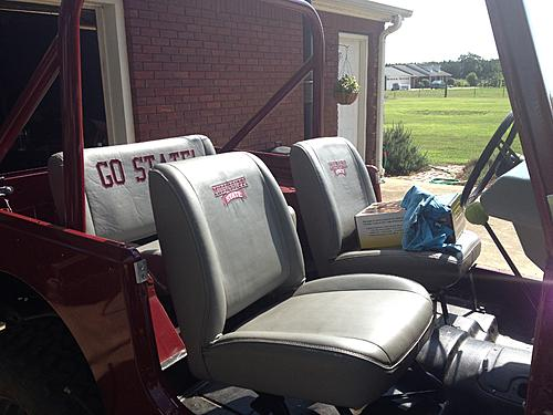 79 CJ7 - The Beginning-jeep-seats-after.jpg
